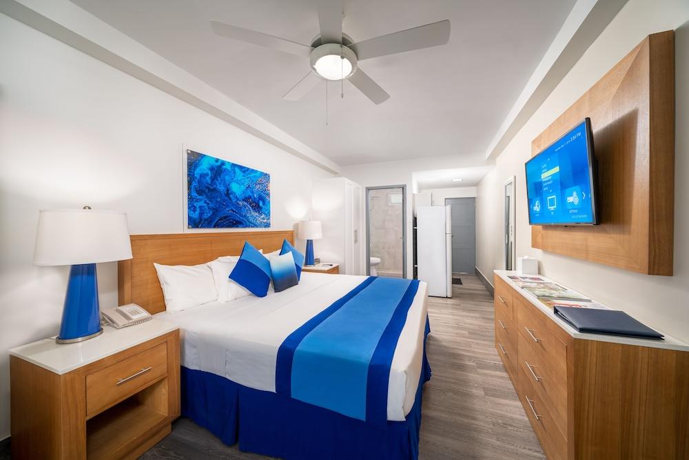 https://i.travelapi.com/hotels/2000000/1290000/1287900/1287834/949986ae_z.jpg