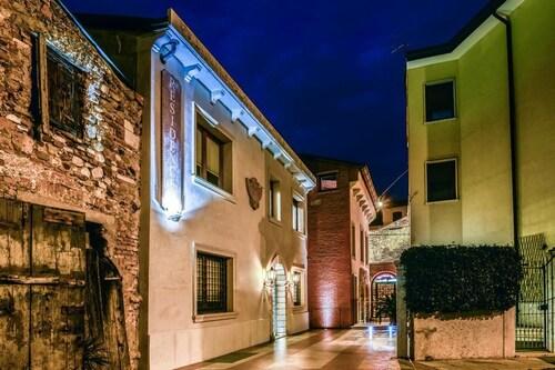 Werona - Residence Antico San Zeno - z Warszawy, 9 kwietnia 2021, 3 noce