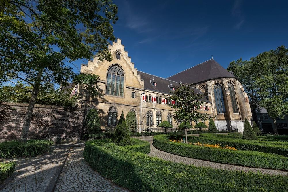 Kruisherenhotel Maastricht, Featured Image