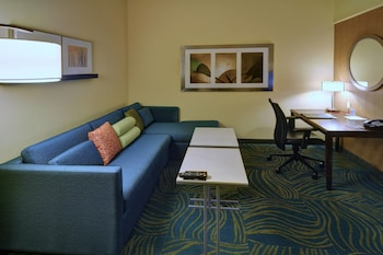 Guestroom at SpringHill Suites by Marriott DFW Airport East/Las Colinas in Irving