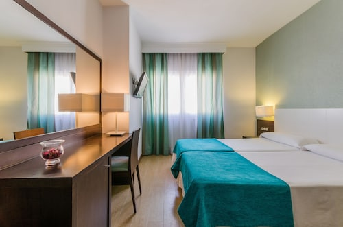 Granada - Hotel Don Juan - z Krakowa, 21 kwietnia 2021, 3 noce