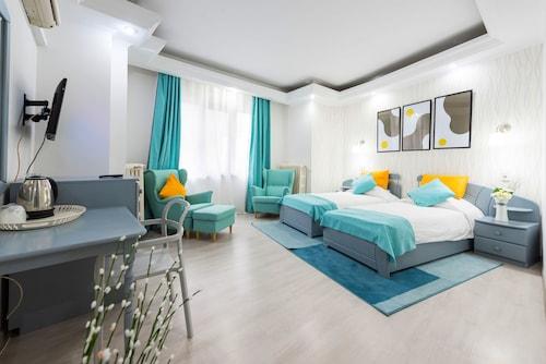 Bukareszt - Relax Comfort Suites - z Warszawy, 24 kwietnia 2021, 3 noce