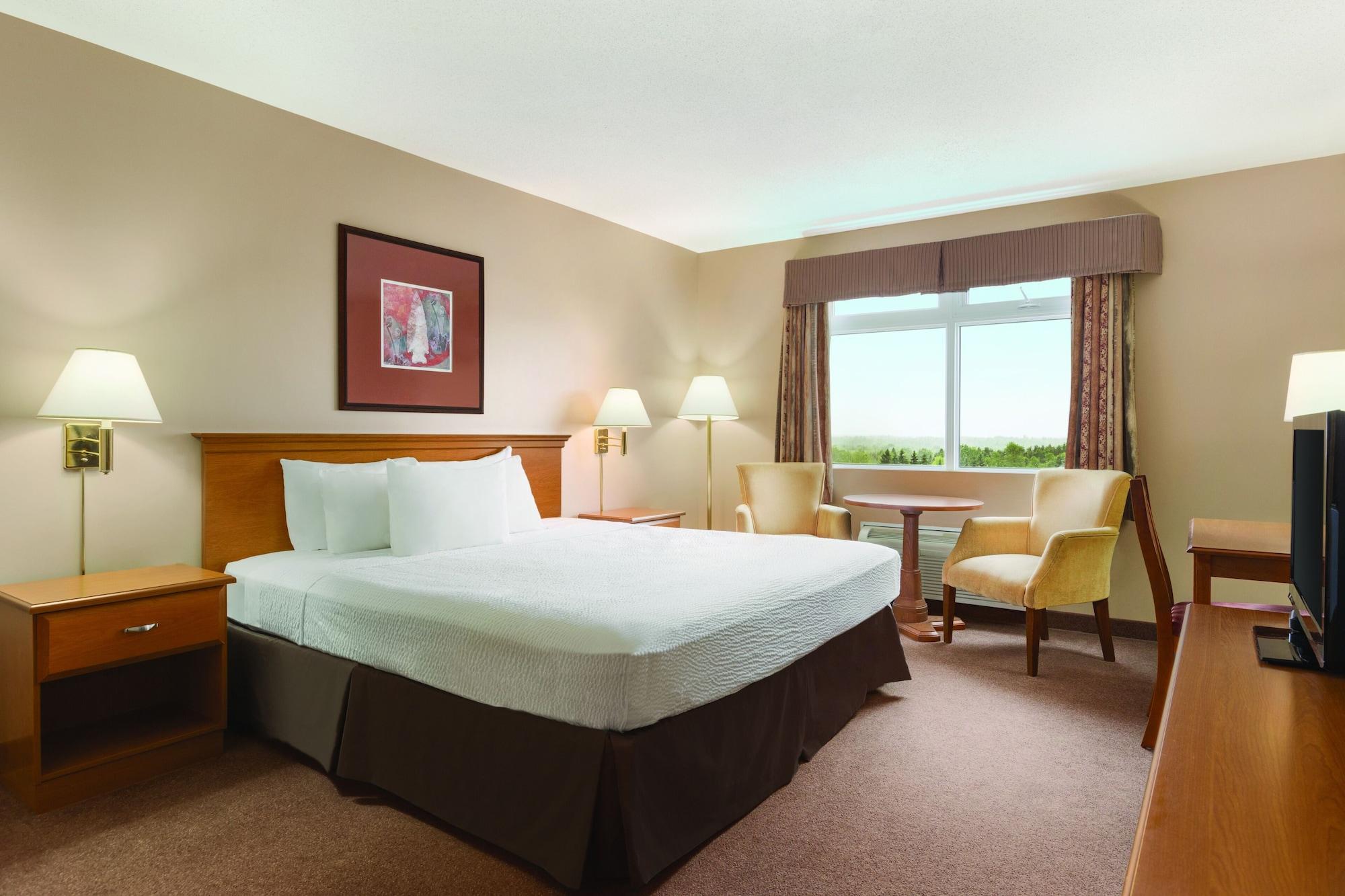 Days Inn & Conference Centre by Wyndham Oromocto, Sunbury