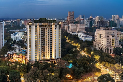 Nowe Delhi - Shangri-La's - Eros Hotel, New Delhi - z Warszawy, 1 kwietnia 2021, 3 noce