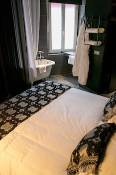 Deluxe Double Room, Bathtub (Gourmande)