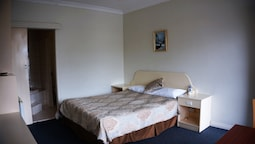 Standard Double Room, 1 Queen Bed, Jetted Tub
