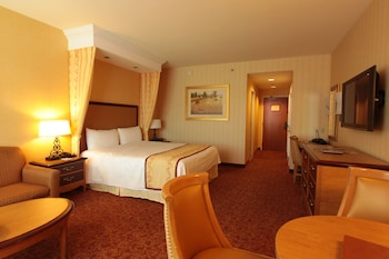 Guestroom at South Point Hotel, Casino, and Spa in Las Vegas