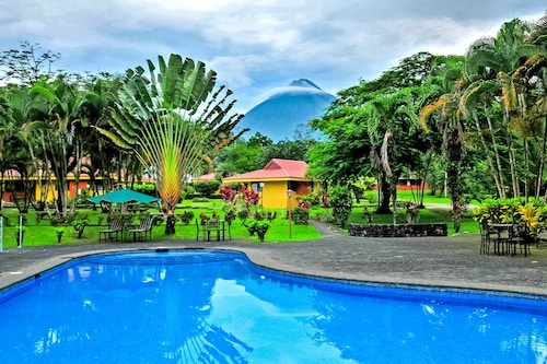 . Arenal Country Inn