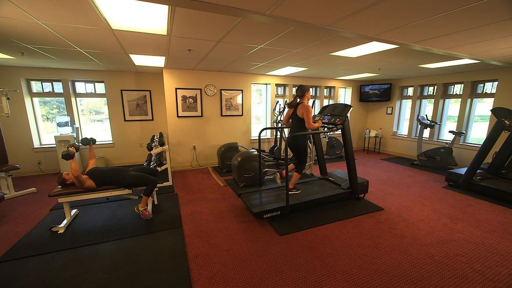 디 인 앳 버지니아 테크 앤드 스켈턴 컨퍼런스 센터(The Inn At Virginia Tech and Skelton Conference Center) Hotel Image 5 - Gym