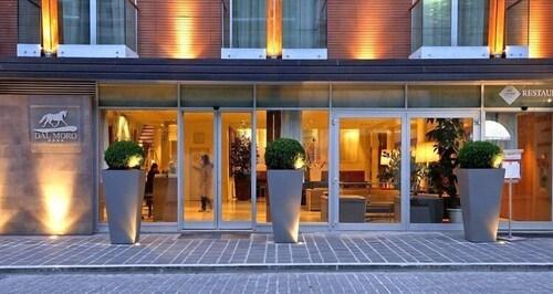 . Dal Moro Gallery Hotel