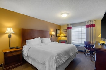 Knoxville Vacations - Four Points by Sheraton Knoxville Cumberland House Hotel - Property Image 1
