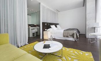 Dreamer's Double Room