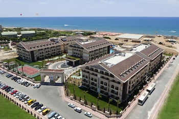 Hotel - Crystal Palace Luxury Resort & Spa - All Inclusive