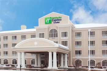 Holiday Inn Express Hotel & Suites Rockford-Loves Park