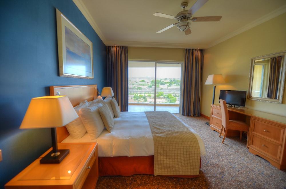 래디슨 블루 리조트 & 스파, 말타 골든 샌즈(Radisson Blu Resort & Spa, Malta Golden Sands) Hotel Image 5 - Guestroom