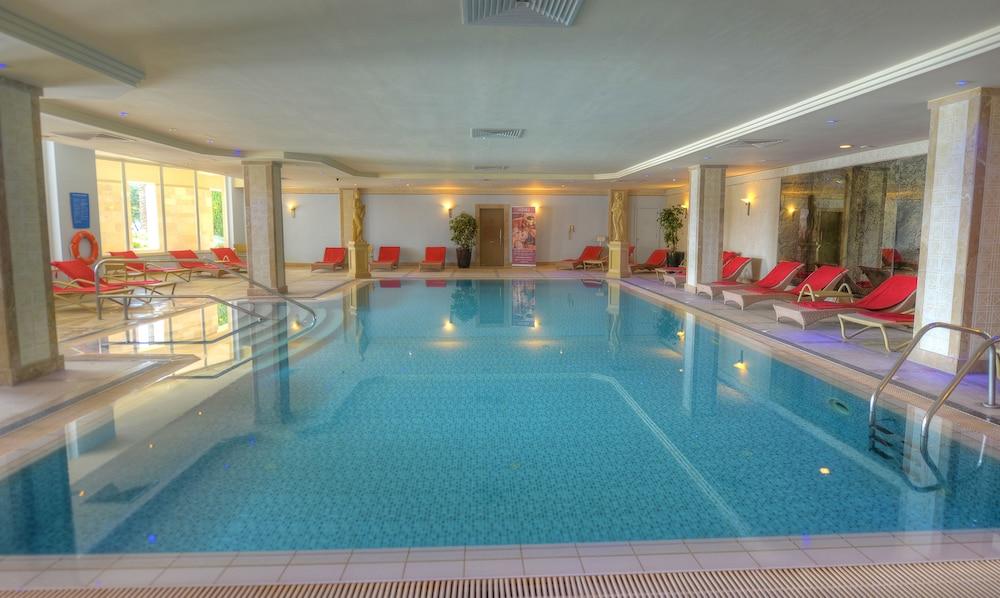 래디슨 블루 리조트 & 스파, 말타 골든 샌즈(Radisson Blu Resort & Spa, Malta Golden Sands) Hotel Image 28 - Indoor Pool