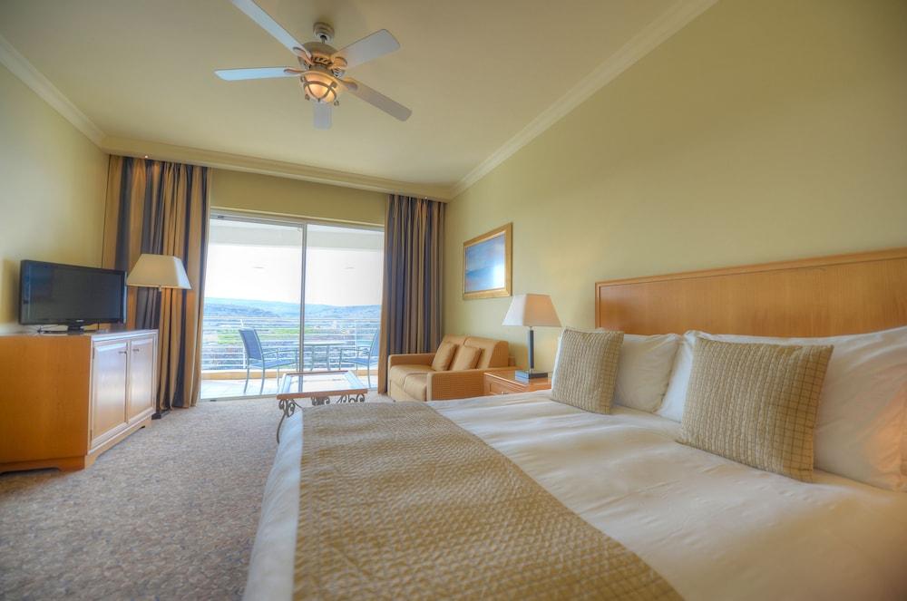 래디슨 블루 리조트 & 스파, 말타 골든 샌즈(Radisson Blu Resort & Spa, Malta Golden Sands) Hotel Image 11 - Guestroom