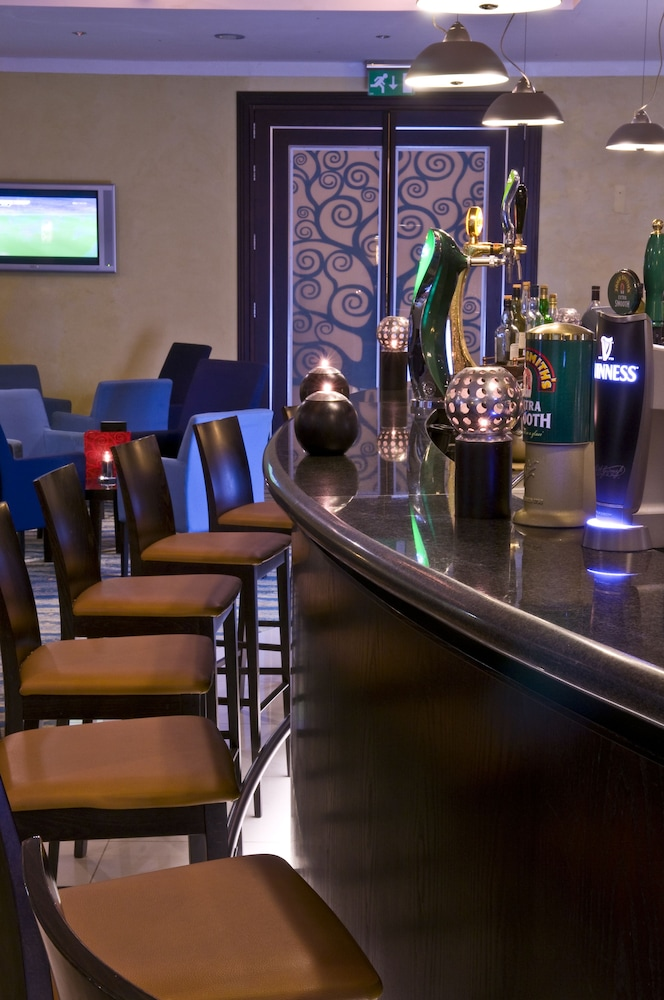 래디슨 블루 리조트 & 스파, 말타 골든 샌즈(Radisson Blu Resort & Spa, Malta Golden Sands) Hotel Image 45 - Hotel Bar