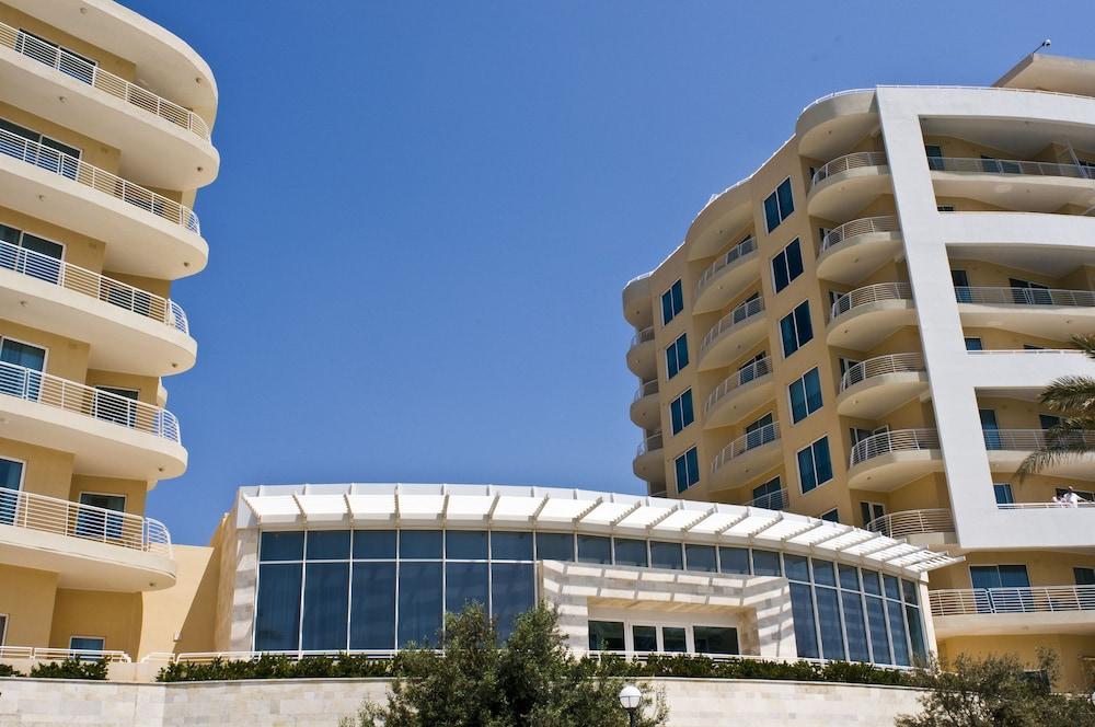 래디슨 블루 리조트 & 스파, 말타 골든 샌즈(Radisson Blu Resort & Spa, Malta Golden Sands) Hotel Image 56 - Exterior