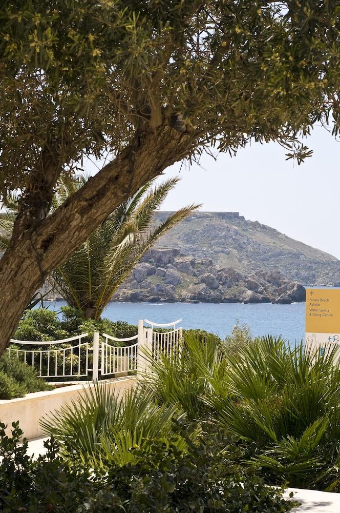 래디슨 블루 리조트 & 스파, 말타 골든 샌즈(Radisson Blu Resort & Spa, Malta Golden Sands) Hotel Image 50 - Property Grounds