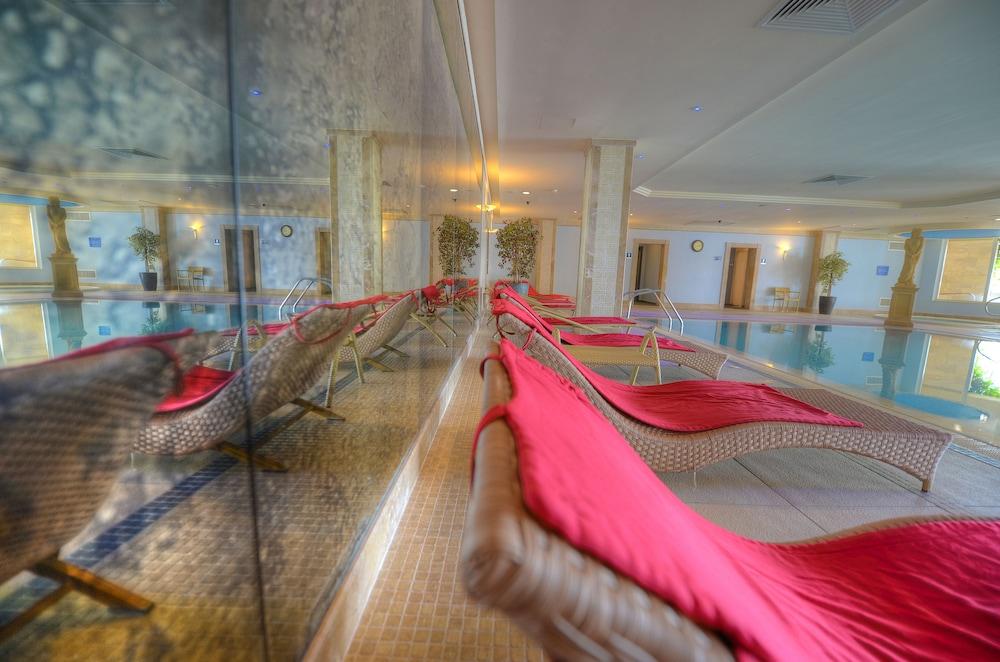 래디슨 블루 리조트 & 스파, 말타 골든 샌즈(Radisson Blu Resort & Spa, Malta Golden Sands) Hotel Image 49 - Interior Detail