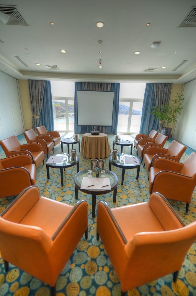 래디슨 블루 리조트 & 스파, 말타 골든 샌즈(Radisson Blu Resort & Spa, Malta Golden Sands) Hotel Image 47 - Meeting Facility