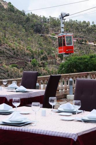 . Hotel Baruk Teleferico y Mina