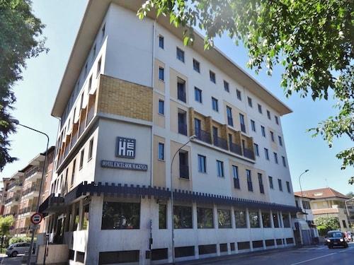 . Hotel Excelsior Magenta
