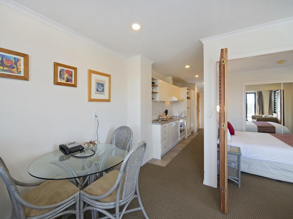 아폴로 호텔 오클랜드(Apollo Hotel Auckland) Hotel Image 9 - In-Room Dining