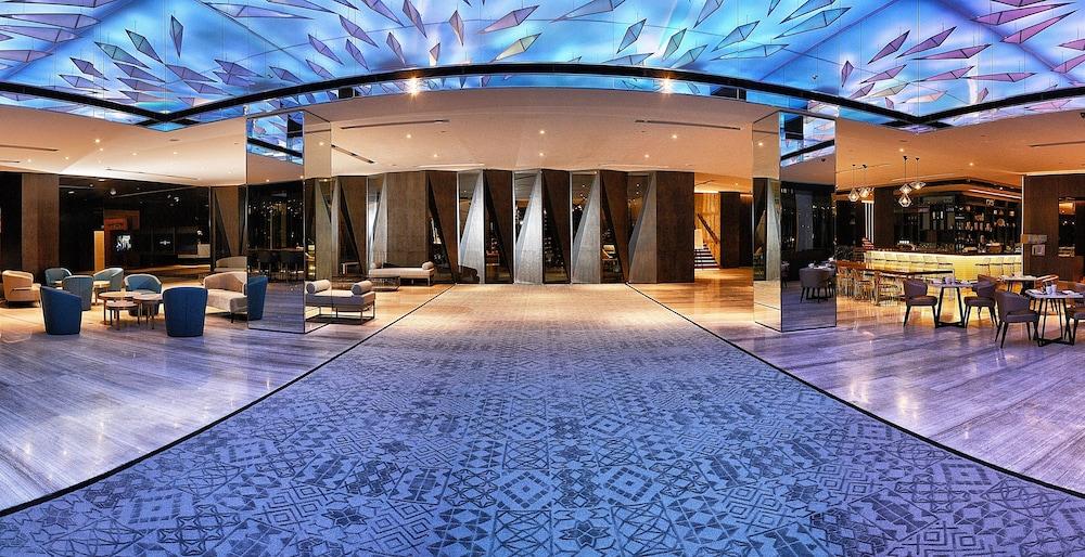 르 메르디앙 코타키나발루(Le Meridien Kota Kinabalu) Hotel Image 3 - Lobby