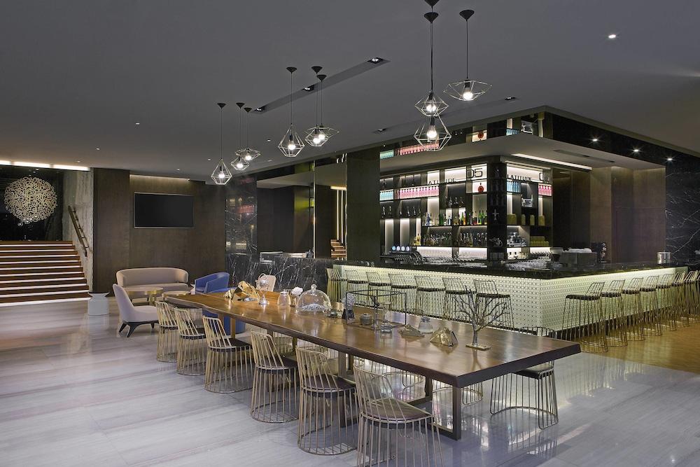 르 메르디앙 코타키나발루(Le Meridien Kota Kinabalu) Hotel Image 46 - Restaurant