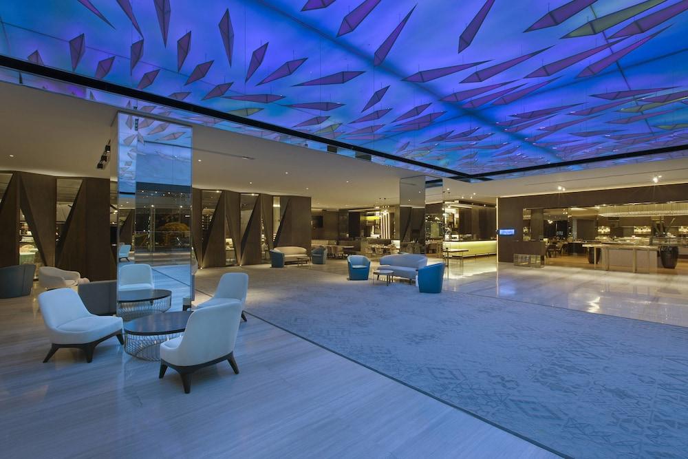 르 메르디앙 코타키나발루(Le Meridien Kota Kinabalu) Hotel Image 6 - Lobby Lounge