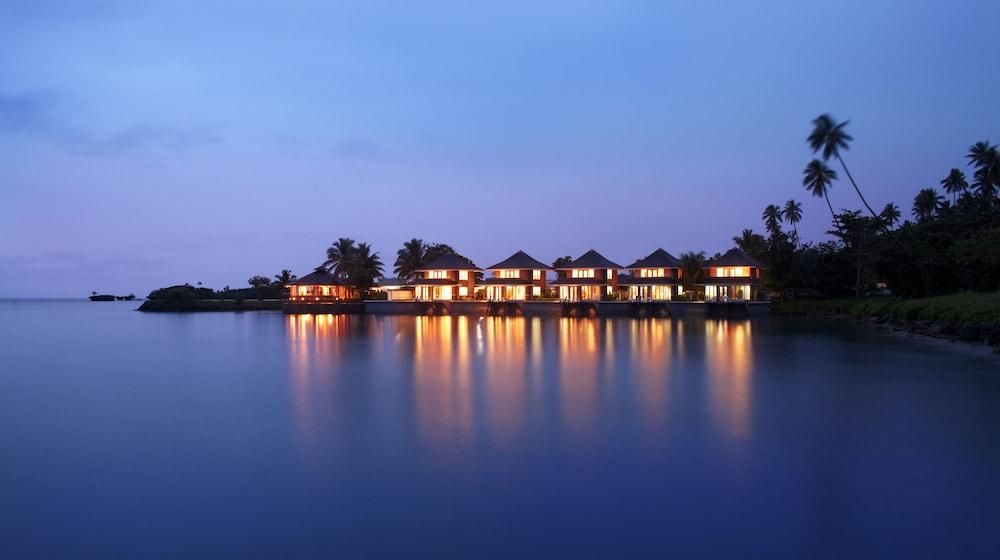 https://i.travelapi.com/hotels/2000000/1330000/1324100/1324010/7638ba26_z.jpg