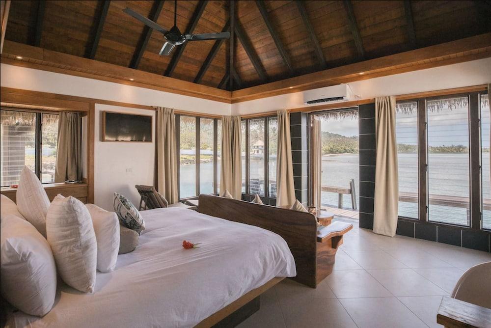 https://i.travelapi.com/hotels/2000000/1330000/1324100/1324010/9e7e8d25_z.jpg