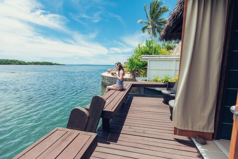 https://i.travelapi.com/hotels/2000000/1330000/1324100/1324010/e1580aa7_z.jpg