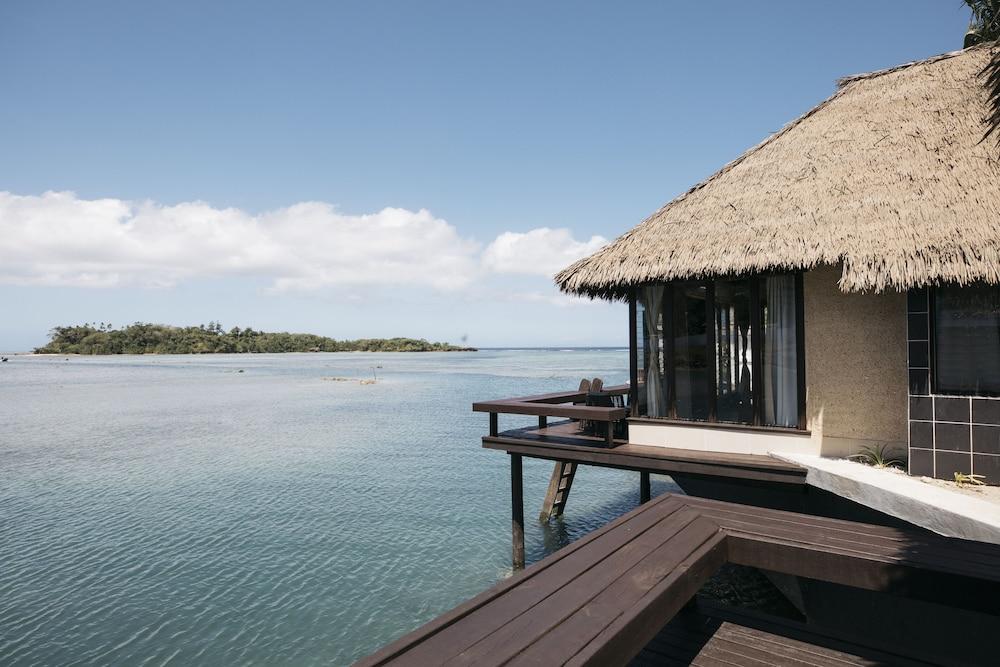 https://i.travelapi.com/hotels/2000000/1330000/1324100/1324010/e8b904c9_z.jpg
