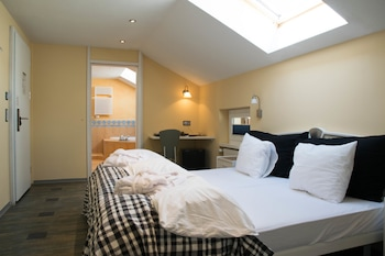 Superior Twin Room, 2 Twin Beds, Hot Tub