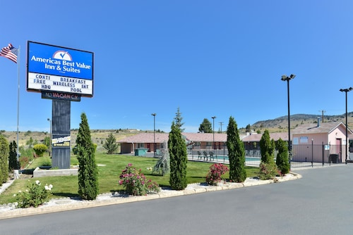 . Americas Best Value Inn & Suites Klamath Falls