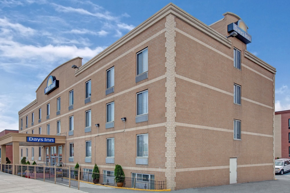 데이즈 인 바이 윈덤 자메이카/JFK 에어포트(Days Inn by Wyndham Jamaica / JFK Airport) Hotel Image 28 - Exterior