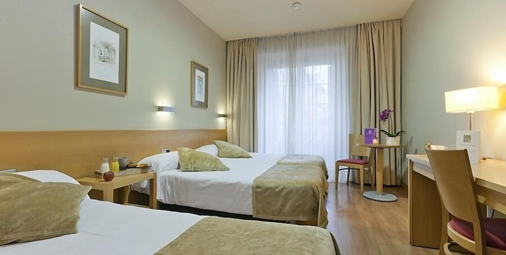 ホテル ヴィクトリア クワトロ