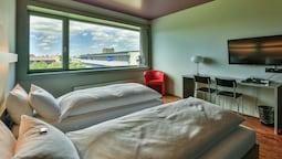 Tek Büyük Yataklı Oda (riverside)