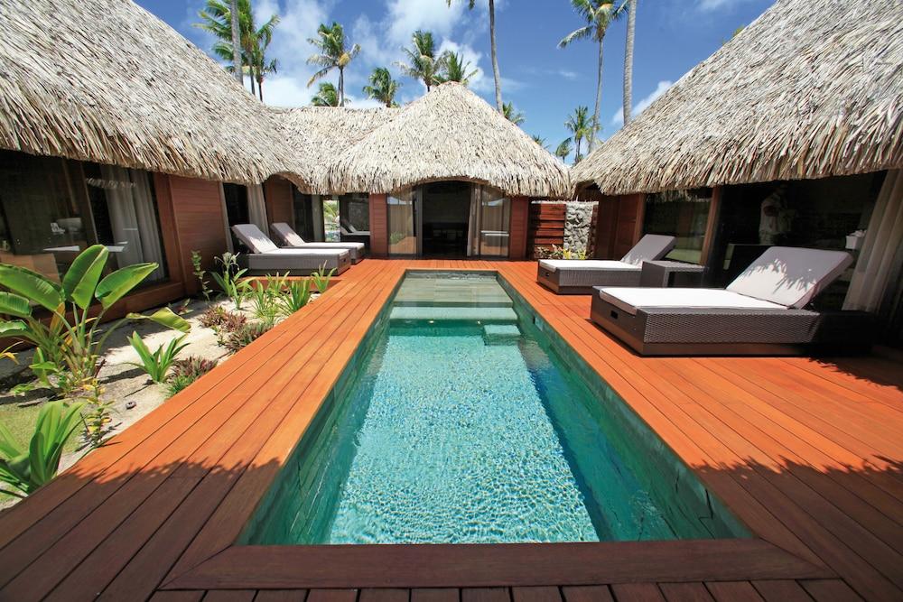 https://i.travelapi.com/hotels/2000000/1330000/1329100/1329033/08c5bd27_z.jpg