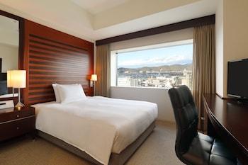 スタンダード ルーム ダブルベッド 1 台 禁煙|18㎡|ANAクラウンプラザホテル岡山