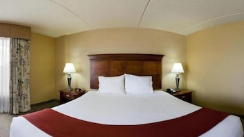 Room, 1 King Bed, Accessible, Non Smoking (Hearing)
