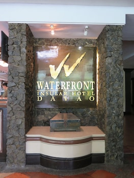 Waterfront Insular Hotel Davao Interior Entrance