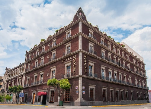 . Hotel Morales Historical & Colonial Downtown Core