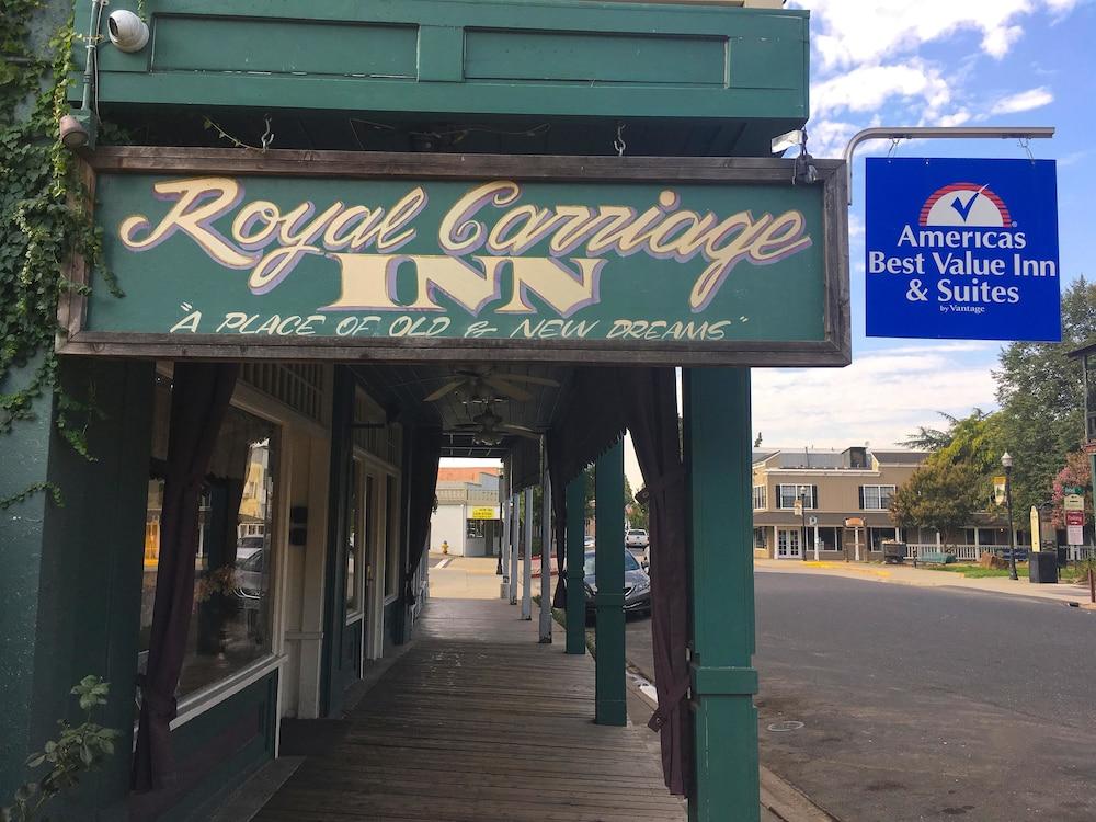 아메리카스 베스트 밸류 인 & 스위트 - 로열 캐리지(Americas Best Value Inn & Suites-Royal Carriage) Hotel Image 24 - Hotel Front