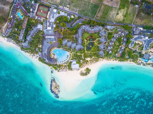 . LUX* Belle Mare Resort & Villas