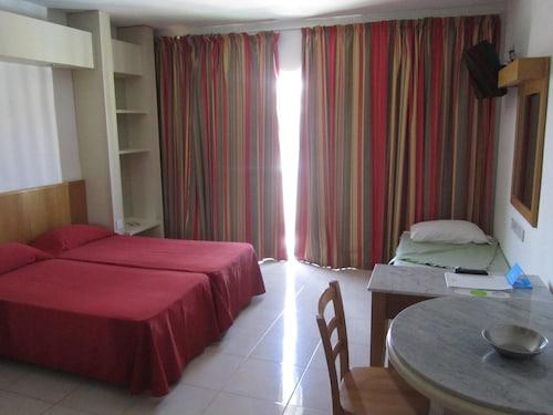 Topaz Hotel,
