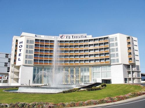 . Hotel VIP Executive Azores
